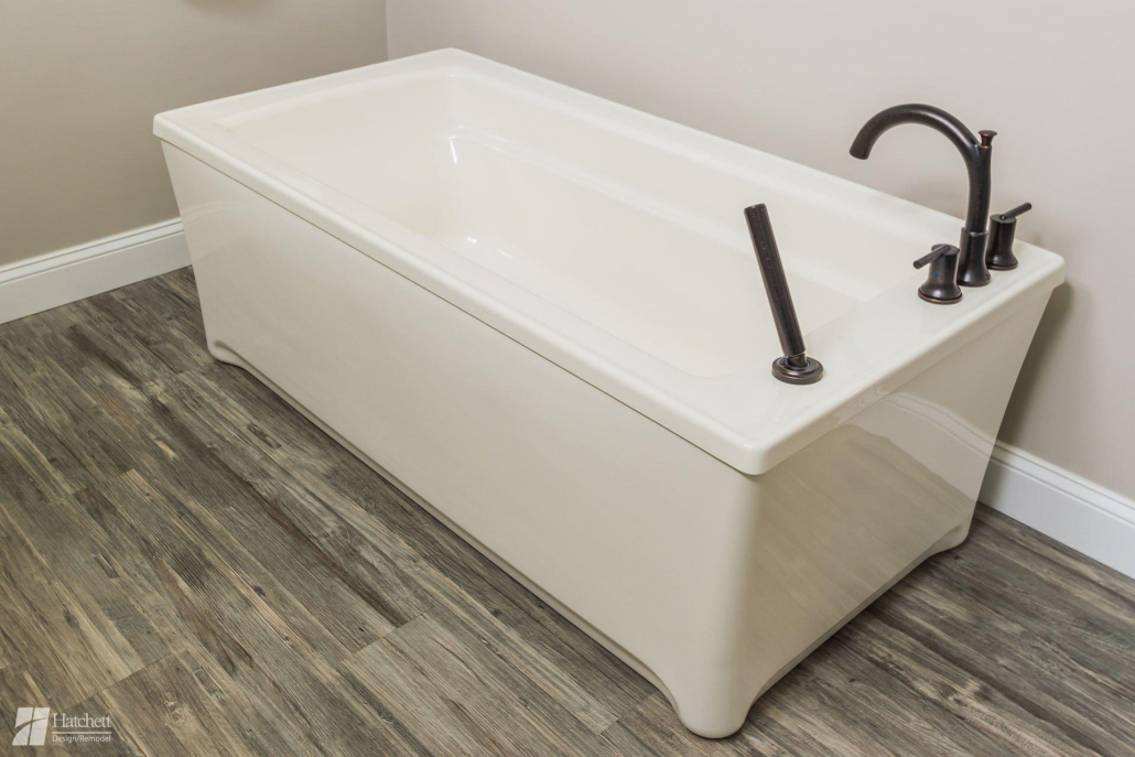 freestanding tub more space efficient than built-in models
