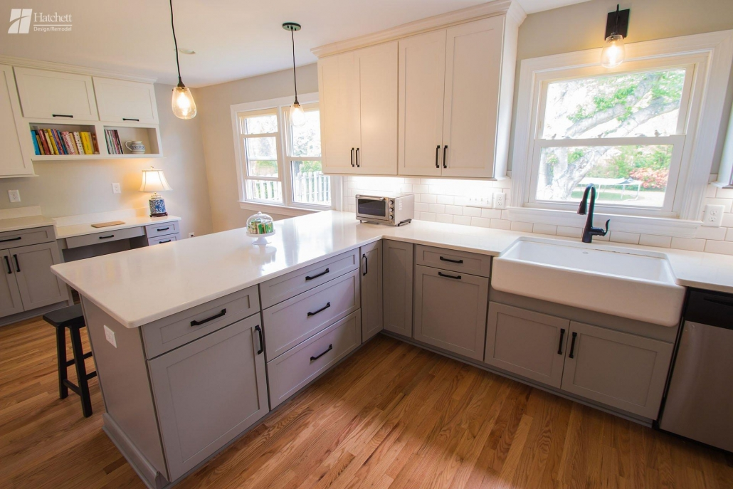 Kitchen Remodel, Farm Sink, Quartz Countertops